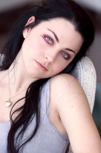 Amy Lee hình nền with a portrait called Amy Lee