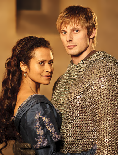 Arwen: Made of Gold - arthur-and-gwen Photo