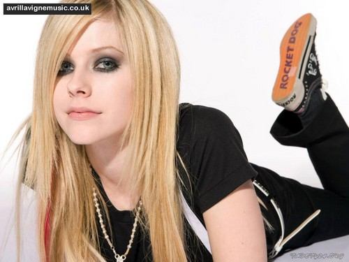 Avril Lavigne wallpaper probably with a portrait titled Avril