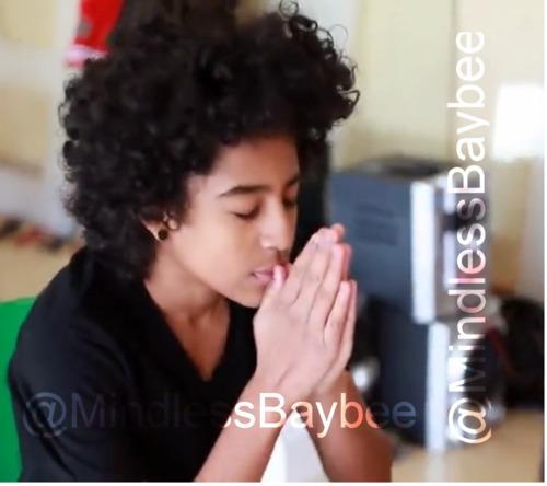 Aww Princeton Praying
