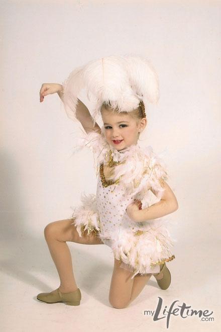 Chloe- Dance picture