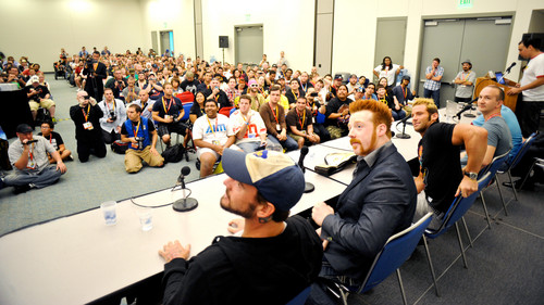 Comic- Con 2012 - cm-punk Photo