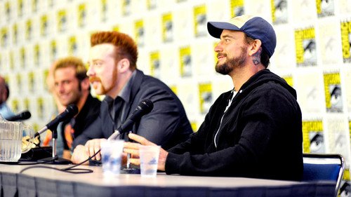 Comic- Con 2012 - wwe Photo