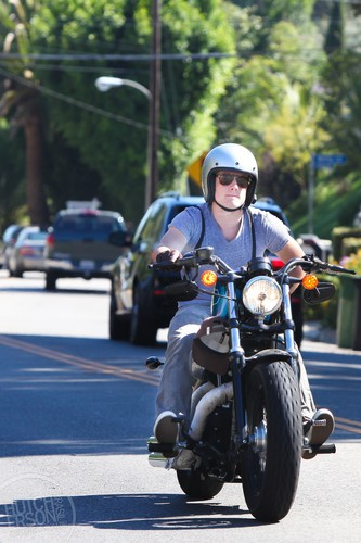 Driving his motorcycle in Studio City - July 26 - josh-hutcherson Photo