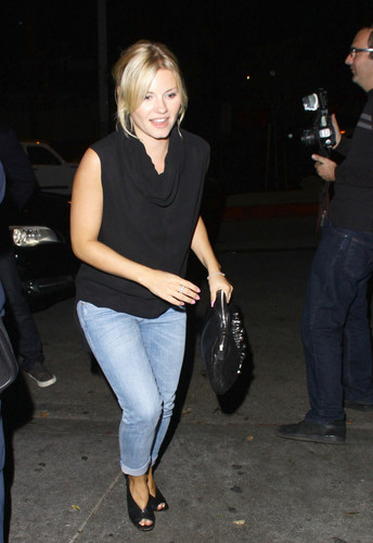 Elisha Cuthbert at chateau Marmont