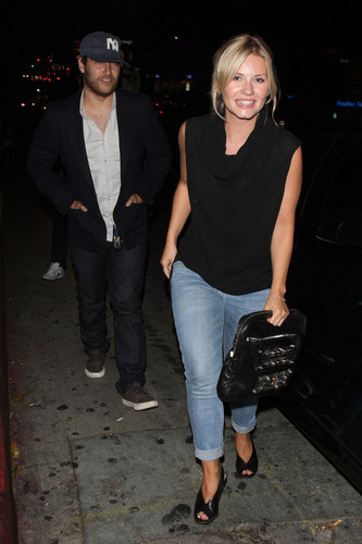 Elisha Cuthbert at Chateau Marmont - elisha-cuthbert Photo