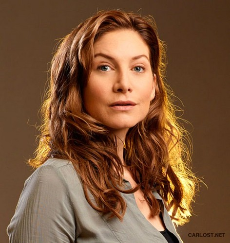 Elizabeth Mitchell || First Revolution 사진