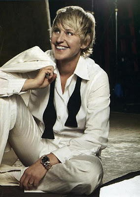 Ellen DeGeneres 바탕화면 possibly containing a business suit entitled Ellen and 사랑