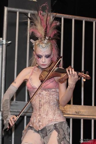 Emilie Autumn wallpaper called Emilie Autumn