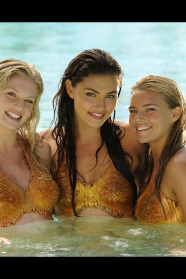 Фото голых женщин с большими бедрами