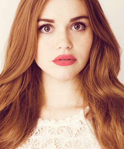 Holland Roden দেওয়ালপত্র with a portrait titled Holland