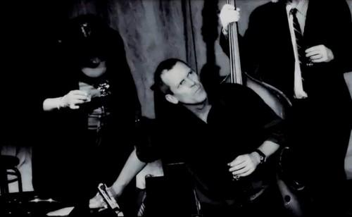 Hugh Laurie- Kiev کنسرٹ 2012