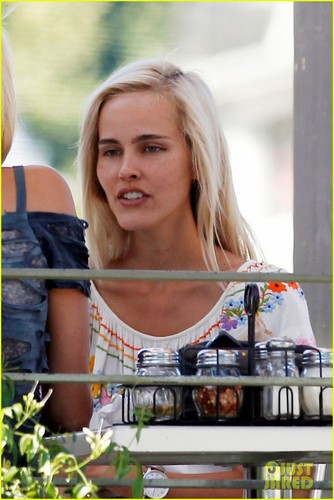 Isabel Lucas: Late Night Movie with a Gal Pal!