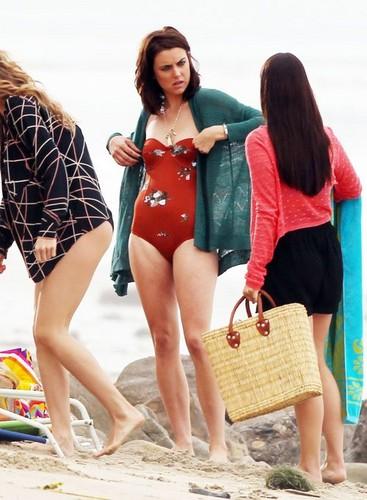 "Jessica in her स्विमिंग सूट while filming ""90210"" on the समुद्र तट in Malibu"