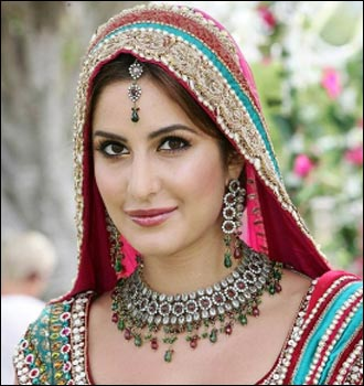 Katrina Kaif wallpaper entitled KATRINA IN BRIDAL DRESS