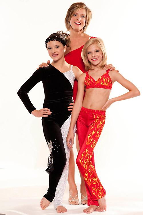 Kelly, Paige, and Brooke - Dance Moms Photo (31674811 ...