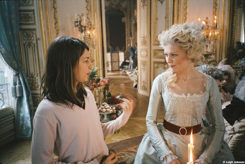 """Kirsten behind the scenes of """"Marie Antoinette"""""""