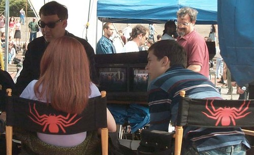 "Kirsten behind the scenes of ""Spider-Man"""