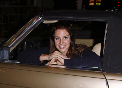 Lana Del Rey Poses in Hollywood [July 31, 2012]