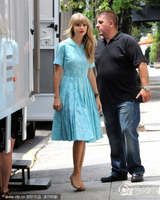 Leaving A Photoshoot In New York