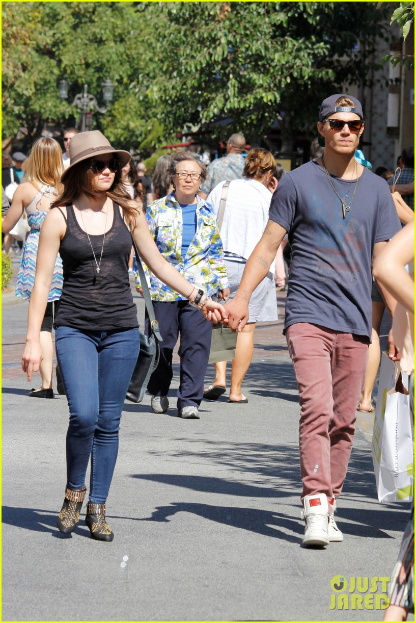 Lucy & Chris at The Grove