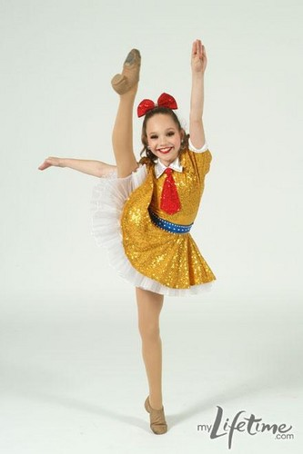 Dance Moms hình nền called Maddie- Dance picture