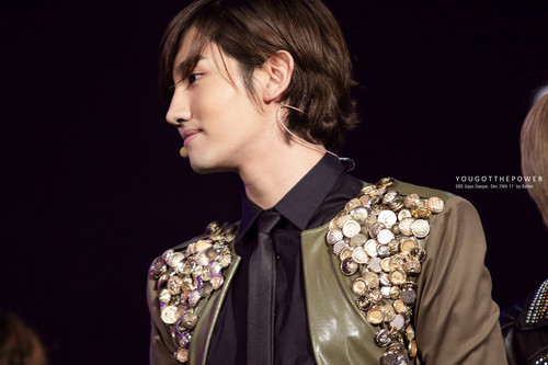 Max Changmin - Powerful God