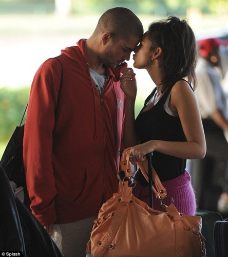 Max and Michelle So Cute <3