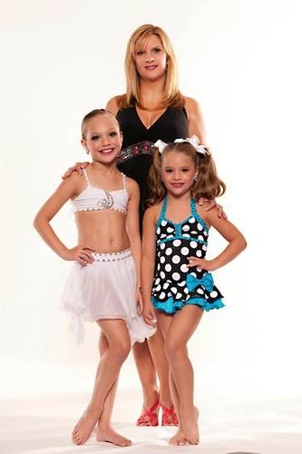 Melissa, Mackenzie, and Maddie