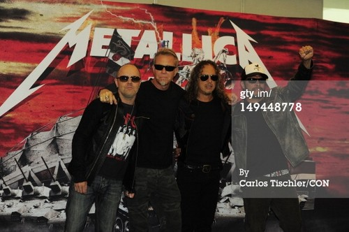 metallica Celebrates 30 Years Of Career