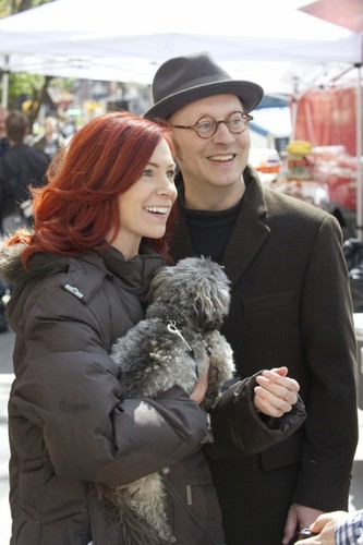 Michael Emerson wallpaper possibly with a business suit entitled Michael Emerson & Carrie Preston || PoI Behind the Scenes