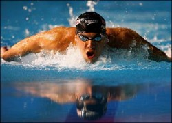 Michael Phelps پیپر وال containing a breaststroker, بریسٹسٹروکر titled Michael Phelps تیتلی