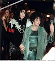 Micheal And Elizabeth - michael-jackson photo