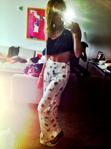 Miley Twitpic!
