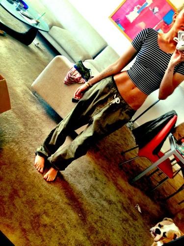 Miley Twitpic.