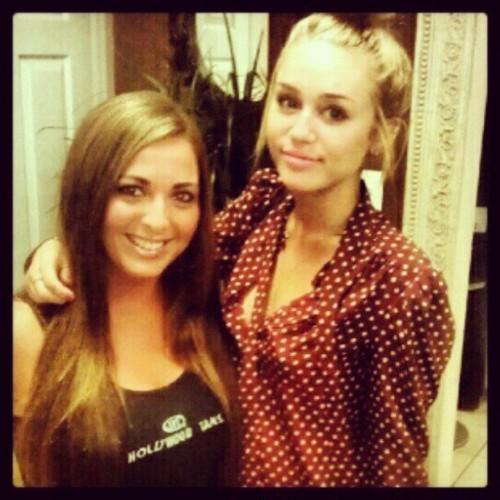 Miley - Νew پرستار Pics.