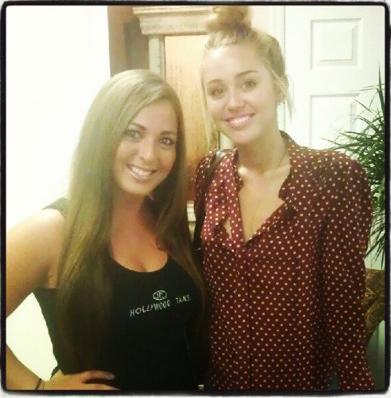 Miley - Νew 粉丝 Pics.