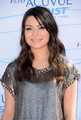 Miranda Cosgrove - Teen choice awards 2012