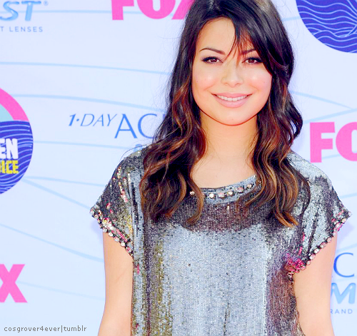 Miranda - miranda-cosgrove Photo