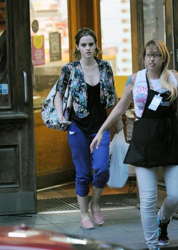 New York - July 26, 2012 - emma-watson Photo