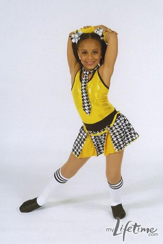 Dance Moms wallpaper titled Nia- Dance picture