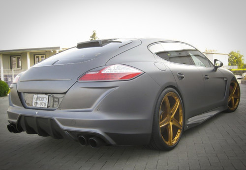 No-Limit-Custom POrsche Panamera Turbo