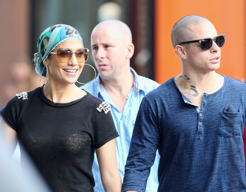 Out For cena At Pastis In New York City [22 July 2012]