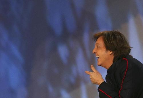 Paul McCartney 壁紙 called Paul McCartney Olympics 2012
