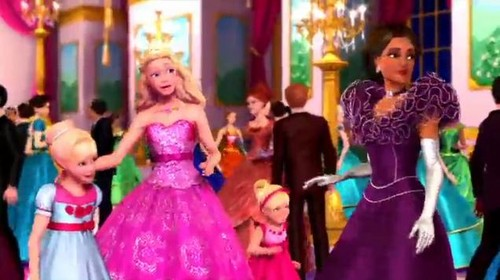 Pic from the second trailer of PAP - barbie-movies Photo