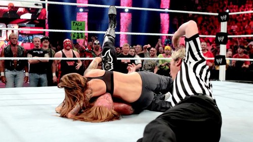 Slater vs Lita (and Legends)