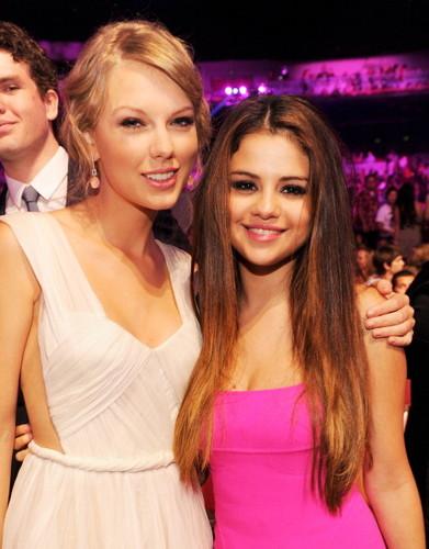 Taylor~!<3