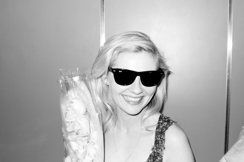 克尔斯滕·邓斯特 壁纸 with sunglasses titled Terry Richardson Photoshoot