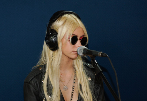 The Pretty Reckless Live at Rock&Pop Chile