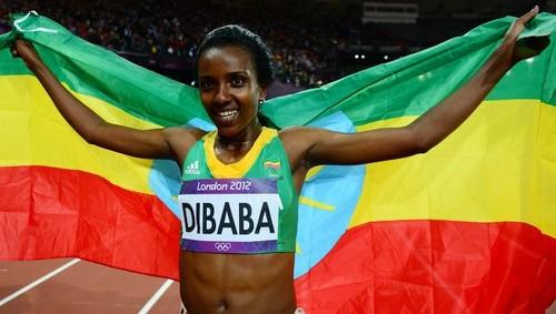 Tirunesh Dibaba of Ethiopa wins dhahabu in women's 10,000-meter race